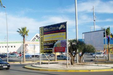 Vallas, publicidad - Soportes publicitarios - Parque mediterraneo